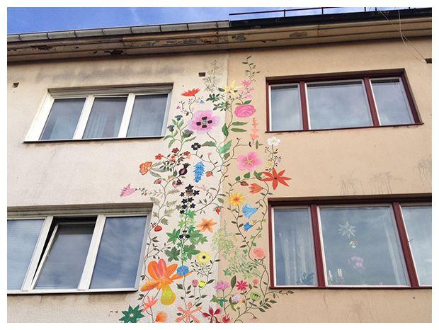 www.coloritpink.com flowers, flower, blomma, blommor, flores, fasadmålning, hus, house, casa, wallpainting...