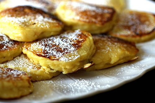 Apple pancakes..... My kiddos LOVE!!!!  I like to use my cast iron skillet for these babies.