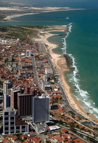 Beira mar de Natal, Rio Grande do Norte Brasil . Beach of Natal, Rio Grande do Norte, Brazil (via Northeast is really cool)