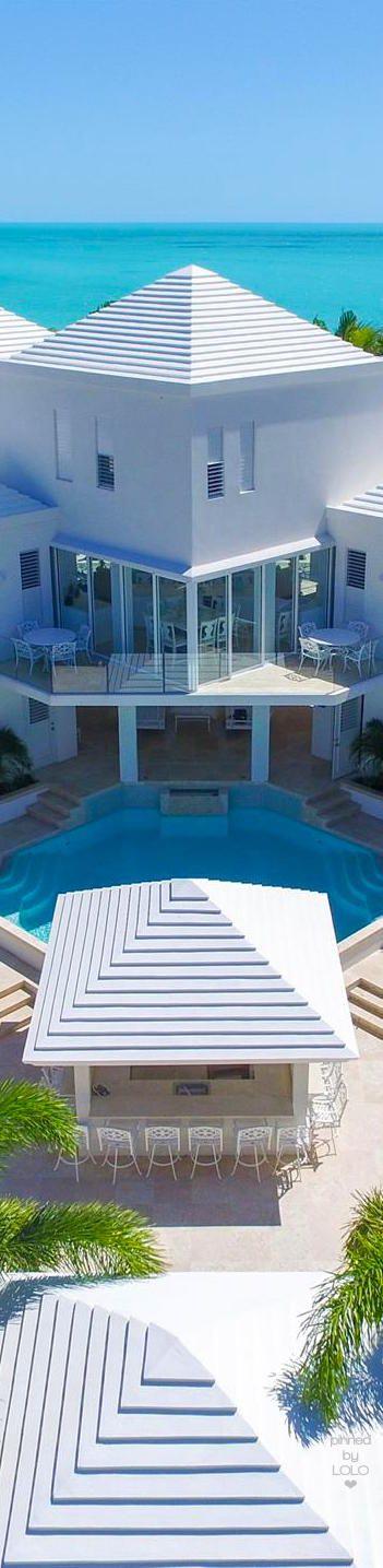 Pearl West Turks & Caicos | LOLO❤︎