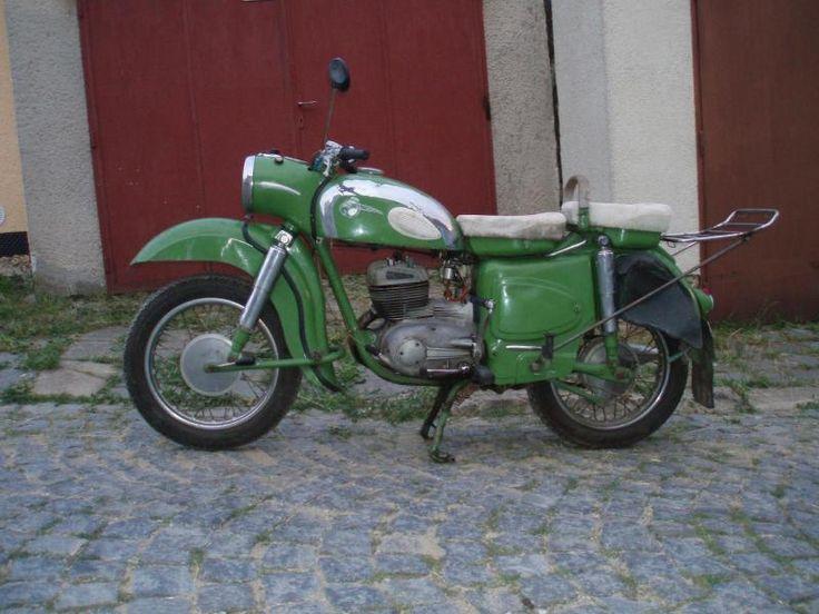 FOTO - galerie MZ-center MOTO Centrum motorek, motorkářů a fandů motocyklů MZ