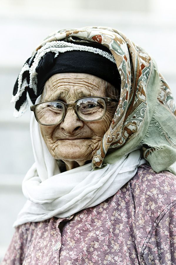 Turkey, old lady, glasses, wrinckles, cute, nuttet, precious, lines of Life, powerful face, intense, portrait, photo