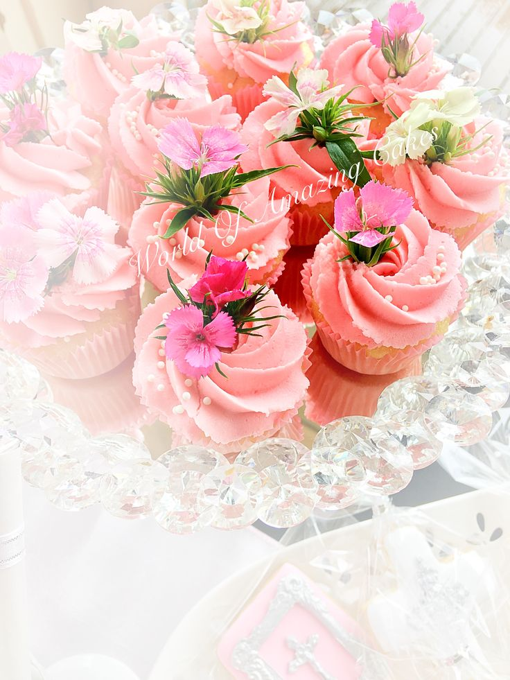 Gorgeous pink cupcakes