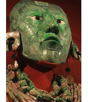 Palenque, el gran imperio maya! mascara de jade  de Pakal