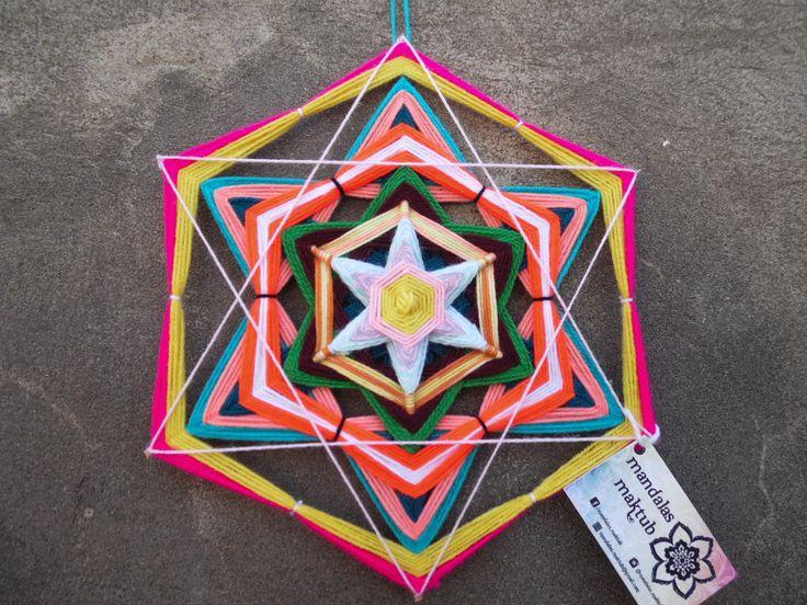 Mandala de 6 puntas 30 cms aprox. DISPONIBLE <3  Valor: $5.000 Si retiras en Einstein o Dorsal: $4.000