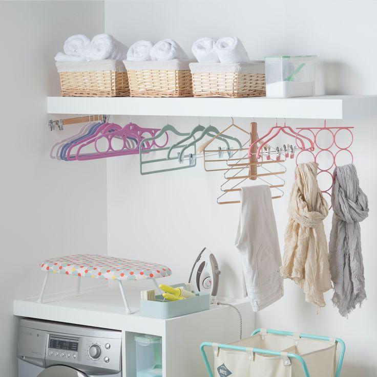 Organiza tu lavandería con nuestros coladores, que cuentan con distintos diseños para distintas funciones. Además, puede complementar tus espacios con nuestra variedad de cajas organizadoras.