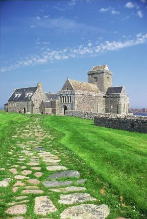Iona Abbey, Central & West  #Scotland #History #Castles