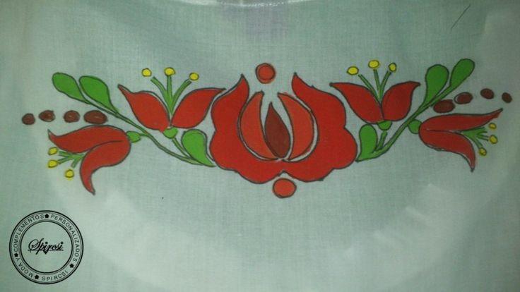 Vestido de verano ( algodón ).Pintada a mano con motivos de Hungría.