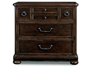 Shop for Bernhardt Bachelors Chest, 322-230B, and other Bedroom Chests and Dressers at Stacy Furniture in Grapevine, Allen, Plano, TX. Flat Cut Mahogany Veneers. Three Drawers. Top Drawer Has Four-Drawer Facade. Anti-Tip Kit.