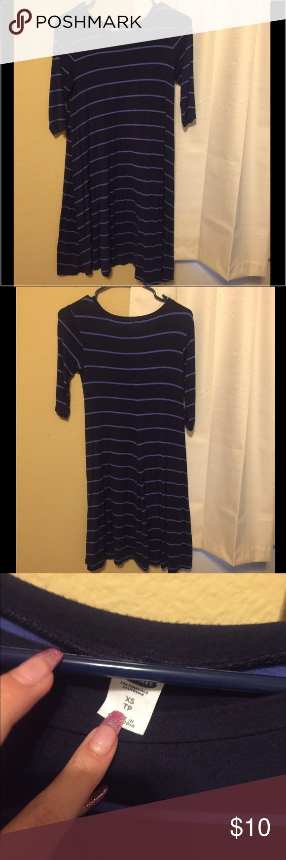 """Old Navy Striped dress Old navy striped navy/blue swing dress great condition 4'10"""" for reference Old Navy Dresses"""