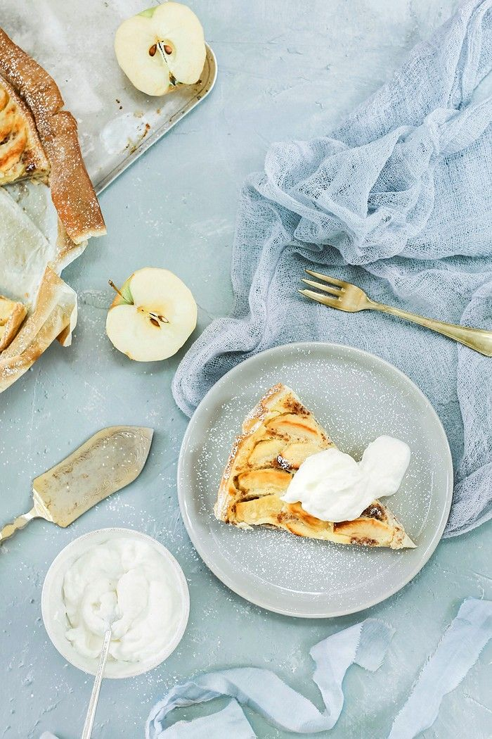 Comme Soie – Food & Styling Concepts // Food Photography // Food Styling // Food Blogger // Food Stylist // Food Phptogrspher // Apple Pie // Recipe
