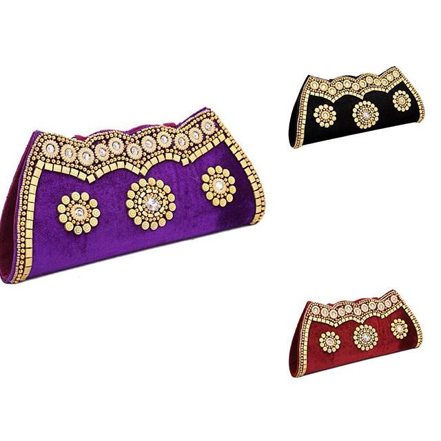 Beautiful clutch bag online. Please msg or whatsapp at 0169179180 for order details.  #andaazfashion #trends #queen #bag #bags #clutch #clutches #clutchbag #beautiful #weddings #accessories #purple #maroon #black #fashion #fashionblogger #instagram #instagood #stylish #loveit #buyit #buy #design #women #malaysia #kualalumpur #penang #shahalam #johor #party  http://www.andaazfashion.com.my/festival/diwali-collection