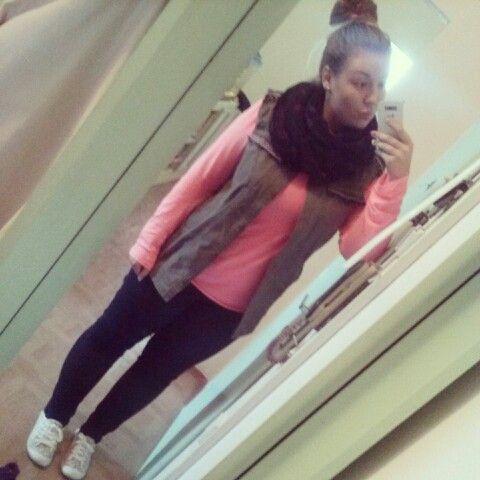OOTD #jeans #sneakers #scarf #pinkshirt #west #hairbun