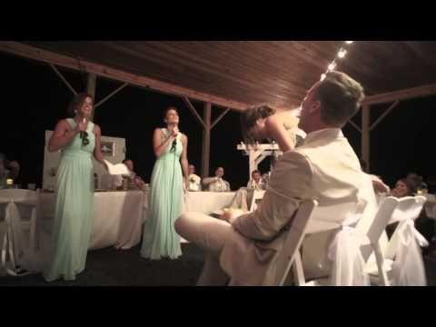 Die Schwestern der Braut ersetzen den langweiligen Trinkspruch auf der Hochzeit durch ein bezauberndes Medley.