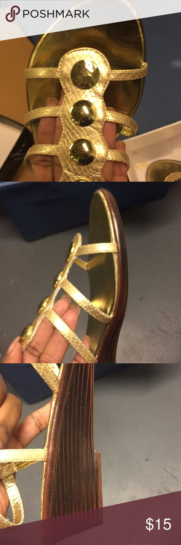 Gold Sandals!! Shoe Style Rotterdam New!! Box and tags sandals!! Size 11!! Hush Puppies Shoes Sandals