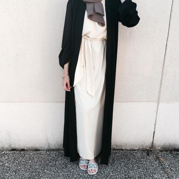 """214 Likes, 12 Comments - - (@imene.sarah) on Instagram: """"Lazy. #abayamixed"""""""