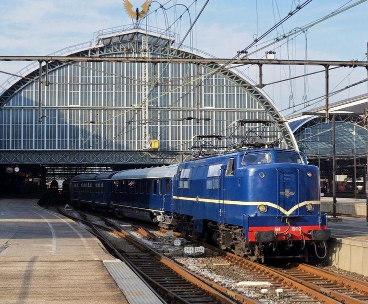 Werkspoor Electric Locomotive in Amsterdam Centraal Railway Station