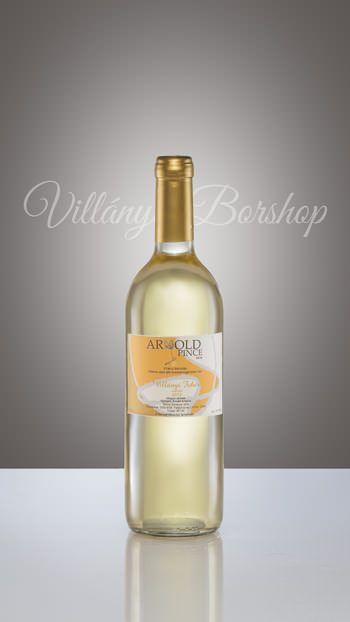 Arnold Hárslevelü 2012  A bor illata a hársfa virág illatára emlékeztet, zamata a hársméz ízét idézi, savakban gazdag un. hosszú fehérbor, mely a 2012-es évjáratú száraz fehérborban kiválóan érvényesül.