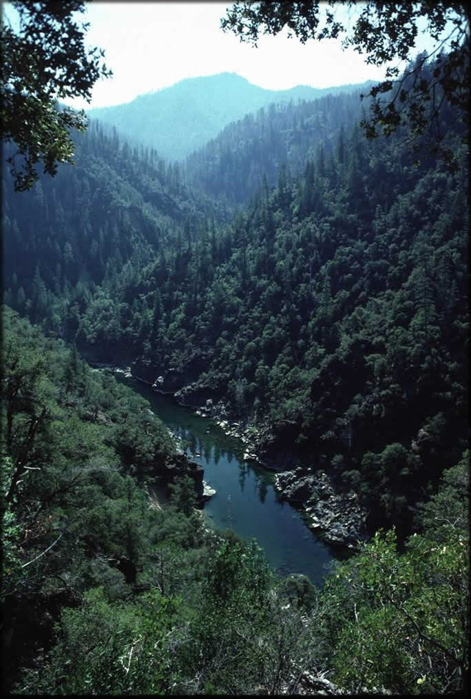 Illinois river.