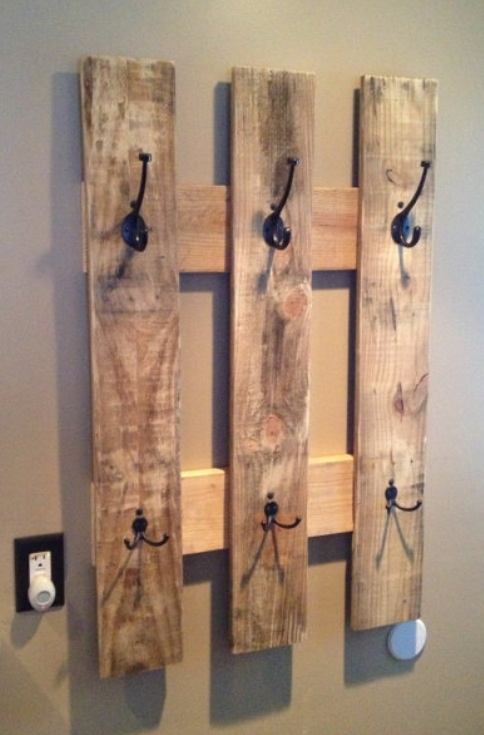 Pallet Coat Hanger - could probably figure this out.