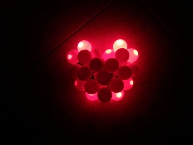 Picture of Valentine lighting ping pong heart