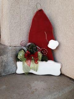 SAWDUST SANITY: Santa Hat