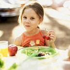 Le brindamos información sobre las precauciones que debe tomar para prevenir la asfixia por atragantamiento en los niños.