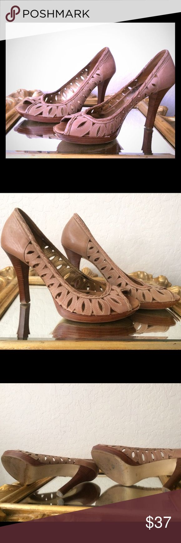 Guess Marciano Nude Pumps size 9.5 Guess Marciano Nude / Camel braided Pumps / high heels 3 inch 9.5 narrow Guess by Marciano Shoes Heels