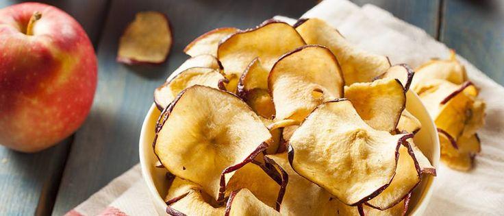 ¿Vamos a preparar un delicioso snack? #Chips_de_manzana #recetas #snack #manzana #canela #azúcar #horno #saludable