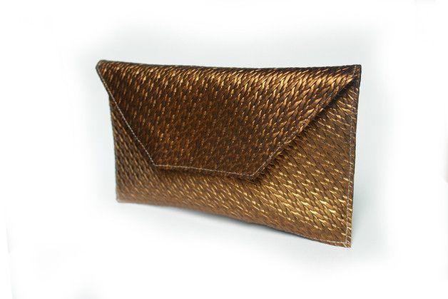 Stylisch schöne Echt Gold Leder Clutch Verschluss: Magnetverschluss Maße: L26 B 2-3cm H 15