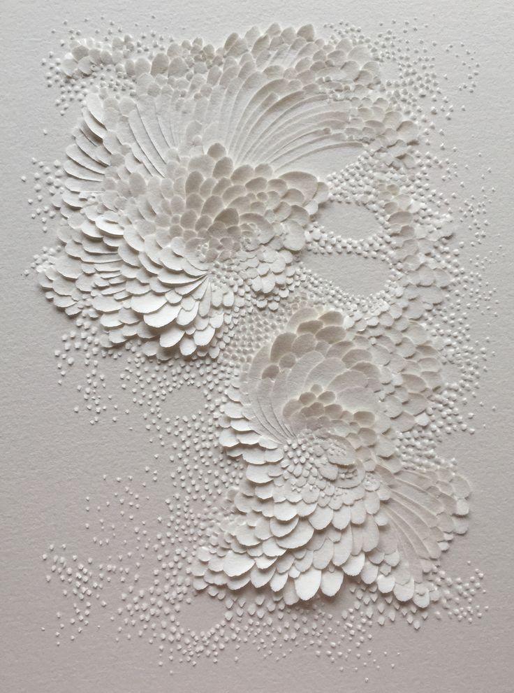 Bas-relief en papier aquarelle grain satiné, format 20x15cm (c)Lauren Collin