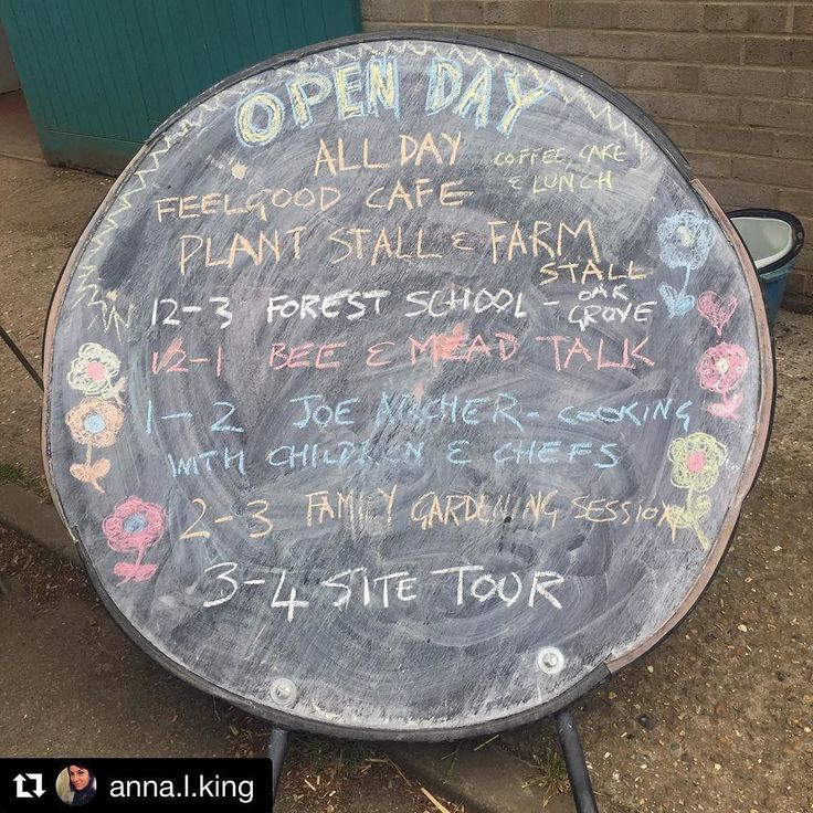Another amazing Open Day at #Organiclea - thank you all for coming and supporting us as well as fantastic volunteers at the farm   #Repost @anna.l.king Had THE most rewarding afternoon at #hawkwoodnursery open day #organiclea The best lentil burger EVER from these guys @thefeelgoodcafe followed by a tour of the 12-acre site comprising organic food vineyard apiary and salad garden. @organicleacommunitygrowers  This collective and their volunteers produce approx 400 organic veg boxes a week…