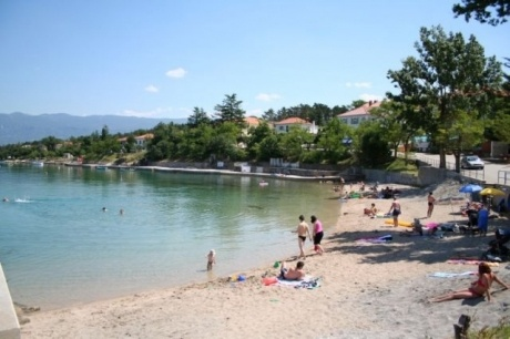 Sea view apartments for sale in Silo, Krk Island, Croatia. 200m from the beach.