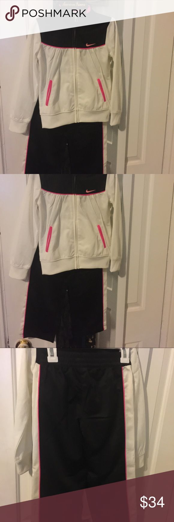 Nike Toddler Girl jogging suit sz6🎉🎀 Really nice Nike jogging suit Nike Matching Sets