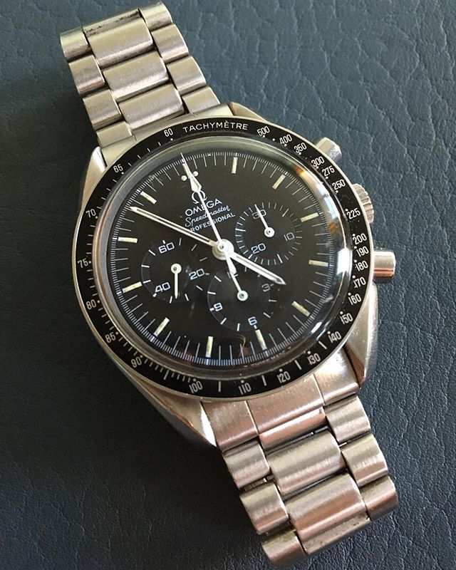 REPOST!!!  #speedytuesday with my Omega Speedmaster Professional circa 1978.  From U.S.'s own #spacecity.🛰🌎🌕☄️🚀👨🏻🚀🇺🇸 • • • #watches #watch #time #timepiece #vintagewatch #vintage #vintagetimepiece #hodinkee #omegaspeedmaster #omega #space #nasa #usa #swiss #speedytuesday #houston #htx #tx #texas #moon #moonwatch #astronaut #lucky #luckywatch #firstdate #science #apollo  repost | credit: ID @e.z.roberts (Instagram)