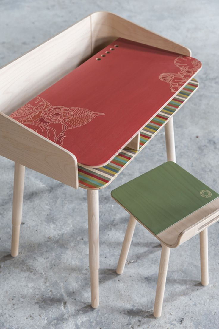 750,-Tonton Small Wooden Desk by eva craenhals • savo&pomelina made in Belgiumop CROWDYHOUSE