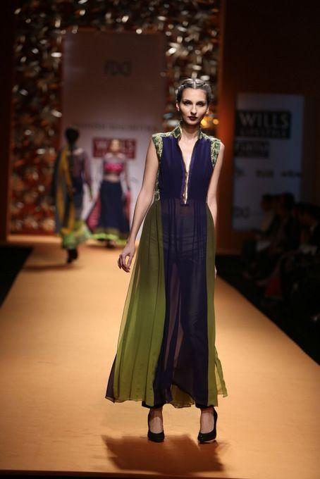 Manish Malhotra Wills India Fashion Week 2013 #manishmalhotra #wifw