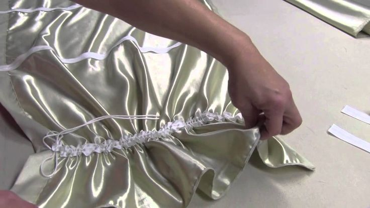 http://www.kimsupholstery.com How To Make An Austrian Valance is a short demonstration on how to create a simple Austrian Valance. This demonstration include...