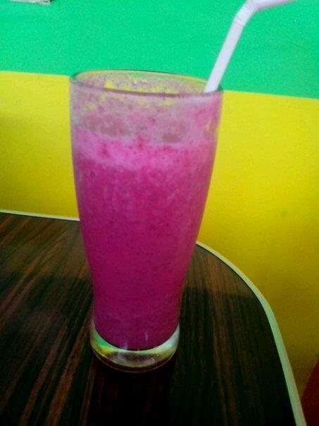 Ntrishake mixed naga merah dan strowberry