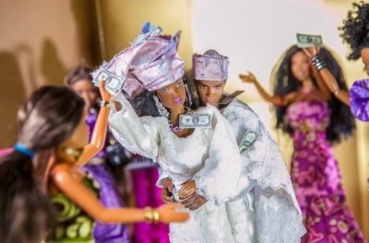 [Fotos] Así sería la boda entre Barbie y Ken si fueran nigerianos