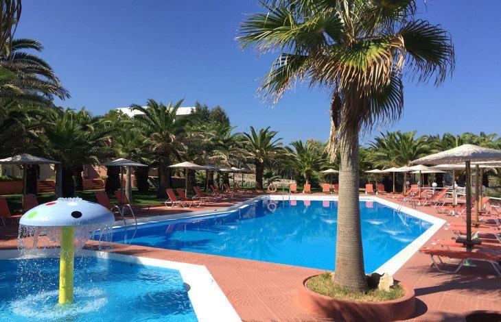 Hôtel Europa Resort Panormo 3* TUI à Réthymnon prix Voyage pas cher Crète TUI à partir 709,00 € TTC Tout compris
