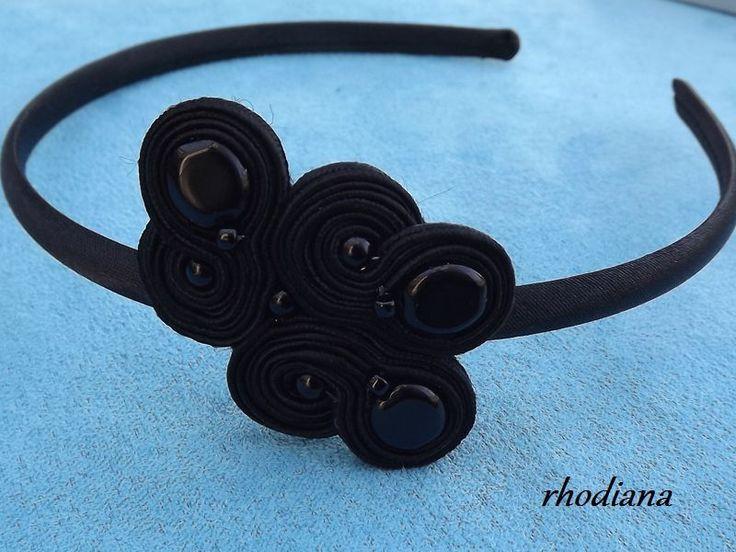 Czarna wiosenna opaska sutasz w rhodiana na DaWanda.com