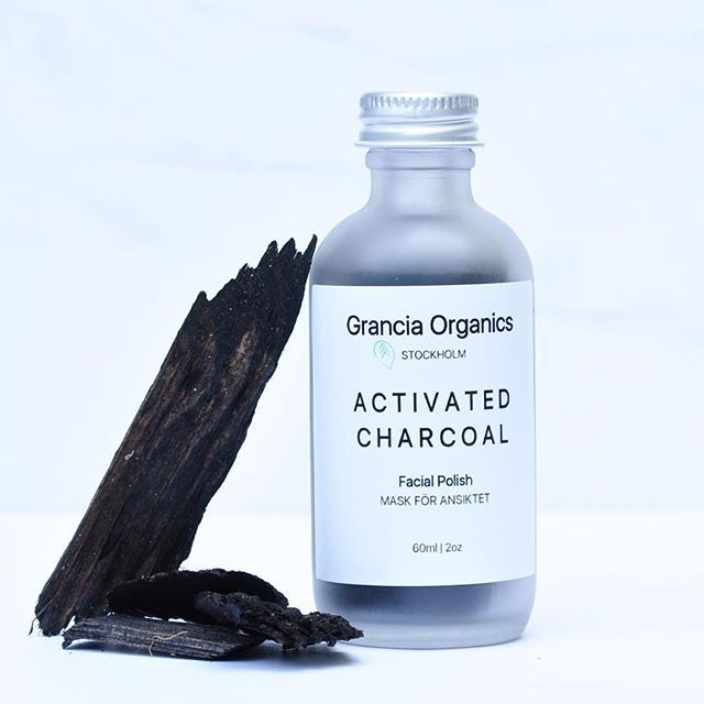 Charcoal does wonders to draw out toxin... Organic Activated Charcoal. Used to pull out toxins in your skin. Get yours now. Link is in the bio. #vegan #activatedcharcoal #skincare #greenbeauty #plantbased #organic #face #modernluxury #plantpowered #greenlife #uoonyou #UOBeauty #simple #ecobeauty #effect #cleanliving #cmc #minimal #sthlm #ansiktsmask #ansikte #packning #skönhet #skönhetsvård #hudvård #pure #modern #iconic #veganblogger