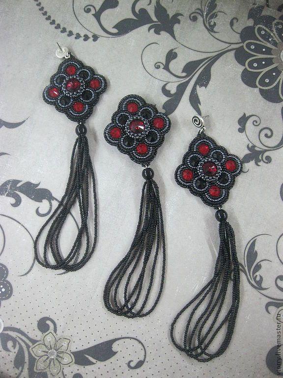 Купить Комплект с бисерными кистями (серьги, брошь) - черный, красный, черно-красный, красно-черный, Сваровски, кожа