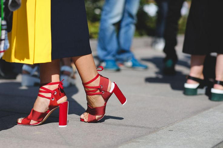 London Street Style Photos That Prove Fall Is NOT Boring #refinery29  http://www.refinery29.com/2015/09/94443/london-fashion-week-spring-2016-street-style-pictures#slide-35  A primary color palette. ...