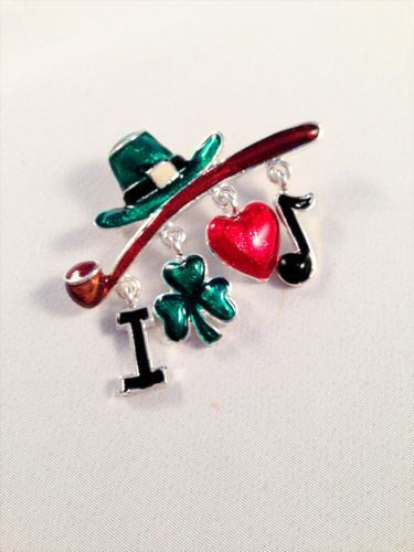 Happy St Patty's Day Pin Pipe Clover Note Charm Erin Go Braugh! Love Irish Music