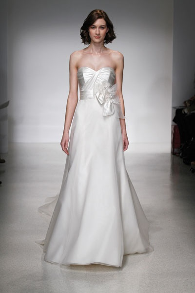Perfect Christos bridal gown Brenna for sale at LUXEredux bridal