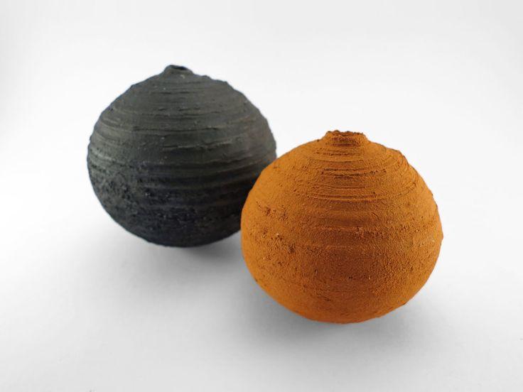 C13, Bound by Hand: Whispering Globes from the Wild Clay Series - Ildikó Károlyi #ceramics #raku #design