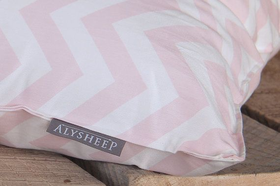 Farm Fresh ALYSHEEP wool pillows!  Simple care and cleaning instructions are included with each order. Wool has a delightfully soft and lofty feel and gently cradles your neck and head for a refreshing sleep. Wool is hypo allergenic and a great natural option for those allergic to down.  To stay connected with our family farm and other projects that we have on the go please follow us on Facebook and Instagram.  www.facebook.com/trunkandtreadle @trunkandtreadle