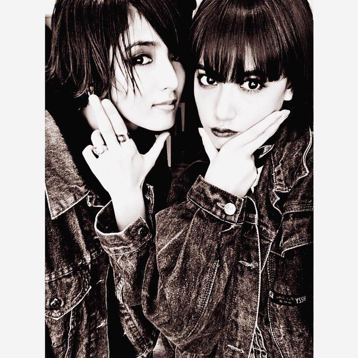 Shuuka&Karen 私服がデニムかぶりでした✌️✨ #ShuuKaRen #E_girls #Flower #Happiness